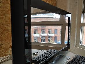 Miroir connecté dans un cadre de télé