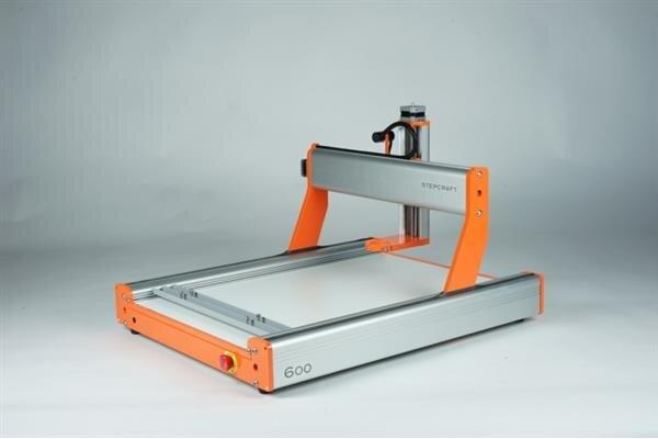 Fraiseuse numérique cabine prototypage du fablab